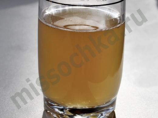 стакан домашнего кваса