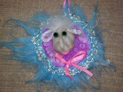 голубая овечка - мягкий сувенир