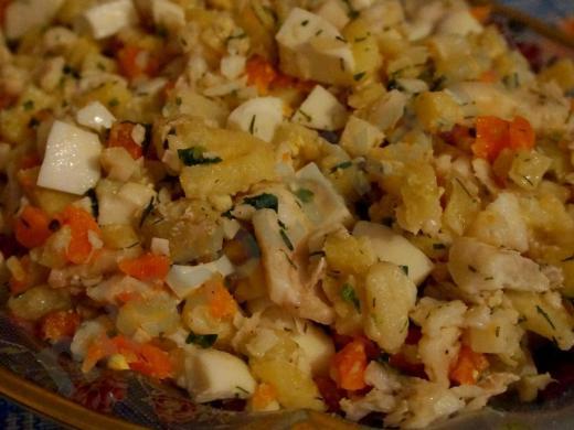 салат с треской картофелем и морковью
